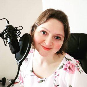 Ekaterina Baranova con mic